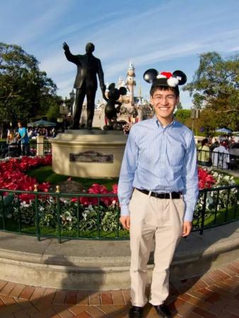 加州迪士尼乐园中的金融奇才版Mickey Mouse