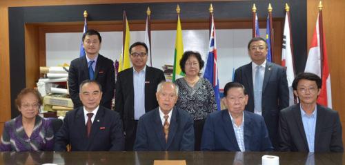 贾益民一行拜访泰国华文教师公会