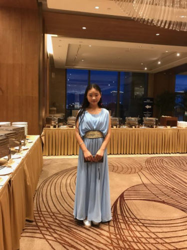 福州姑娘Sarah计划读艺术院校。(美国《世界日报》)