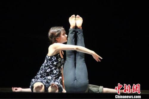 舞蹈诗《天地人·乡愁》在西安上演。 阿琳娜 摄