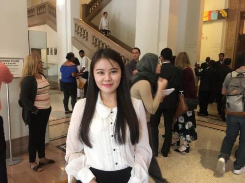 翁靓靓18日成为美国公民,表示将继续她的创业之路,实现美国梦。(美国《世界日报》 陈小宁/摄)