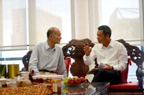 赵阳与泉舜集团董事局主席吴泉水探讨公益活动