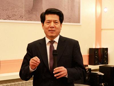 李大使致辞。
