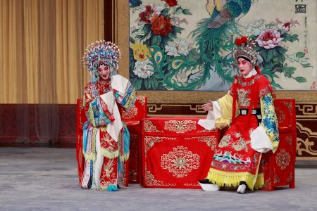 天津青年京剧团班底担纲,特邀美国休斯顿华星艺术团联袂演出全本张派名剧《状元媒》
