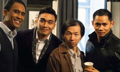 装扮精致的亚洲男性。(图片来源:BBC)
