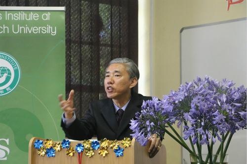 康勇总领事致辞。