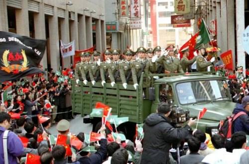 1999年12月20日_澳门回归18周年 盘点那些曾让人热泪盈眶的时刻-中国侨网