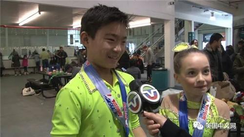 来自美东地区的Dalila DeLaura和Ryan Xie第一次参赛就惊喜获得季军头衔。两人难掩兴奋之情,Ryan Xie告诉美国中文网今后将继续滑下去,希望在更高级别的比赛中越战越勇,却得更好的成绩。
