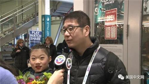 张弛父亲与Mikah Tong母亲接受美国中文网采访