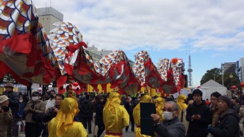 """""""春节祭""""现场的舞龙队伍。(名古屋华助中心 孙旭光/摄)"""