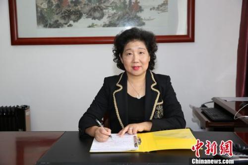 广东省侨办主任李心接受采访。广东省侨办供图