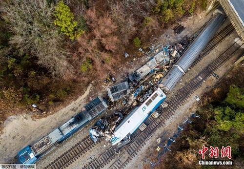 美国南卡州发生火车相撞事故 已致数十人死伤