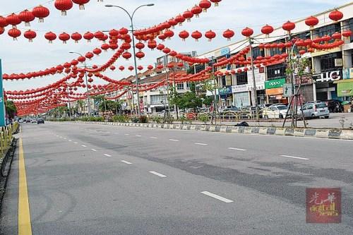 北海拉惹乌达的万盏灯笼已成为当地的新春地标。