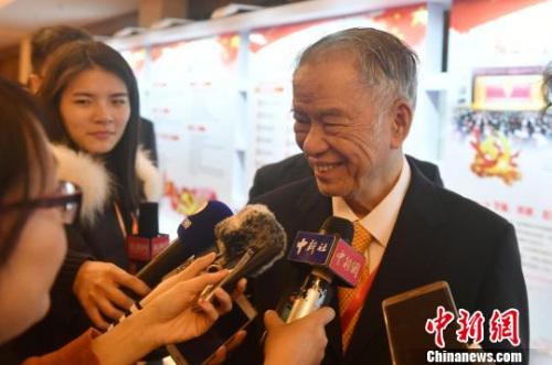 陈永栽在福州接受记者采访。 吕明 摄