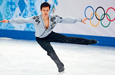 资料图:华裔花式溜冰好手陈伟群。(加拿大《星岛日报》资料图)