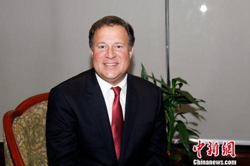 中巴建交之后迎来的首个农历新春期间,巴拿马总统胡安·卡洛斯·巴雷拉2月19日在巴拿马城接受<a target='_blank' href='http://www.chinanews.com/'>中新社</a>专访。<a target='_blank' href='http://www.chinanews.com/'>中新社</a>记者 余瑞冬 摄