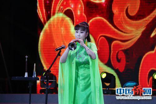 中国音乐学院侯彦秋带唢呐独奏《打枣》《好汉歌》。(韩辉 摄)