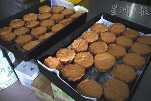 口感绵密的鸡蛋糕满是蛋香。(马来西亚《星洲日报》记者/李慧婷 摄)
