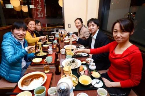 福岛华人联欢交流。(日本《东方新报》微信公众号/照片由福岛华侨华人总会提供)
