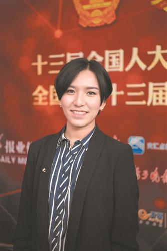 王逸男 新华报业全媒体记者