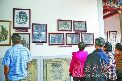 来自海内外的宾客参观张榕轩纪念馆。