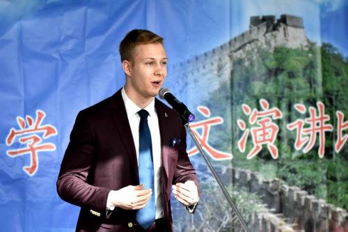 母语非汉语高级组容克文Ryan Walker。(加拿大《环球华报》)