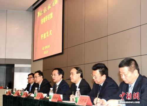 3月29日,第62、63、64、65期侨领研习班开班仪式在北京清华大学举行,来自全球78个国家和地区的170余位学员参加。国务院侨办副主任谭天星出席开班仪式并讲话。 <a target='_blank' href='http://www.chinanews.com/'>中新社</a>记者 张勤 摄