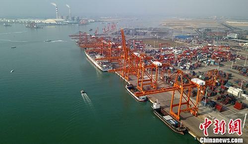 资料图:码头。 <a target='_blank' href='http://www.chinanews.com/'>中新社</a>记者 俞靖 摄