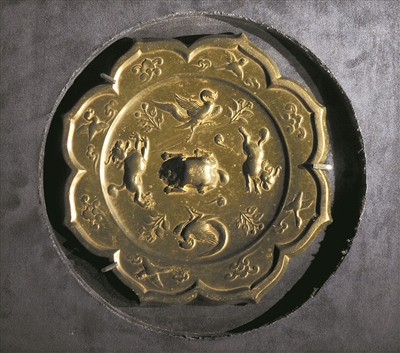 唐代精美的铜镜