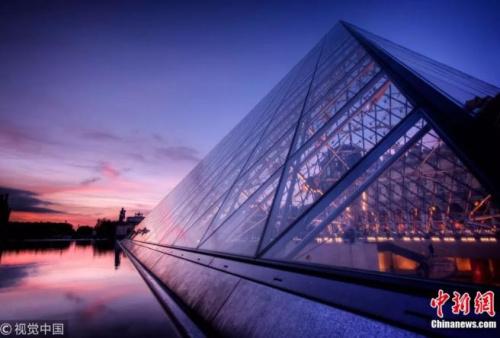 法国卢浮宫。作者:imago stock 来源:视觉中国