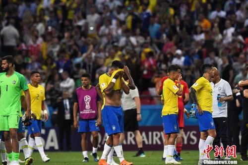 被淘汰后,巴西队员格外失落。 <a target='_blank' href='http://www.chinanews.com/'>中新社</a>记者 田博川 摄