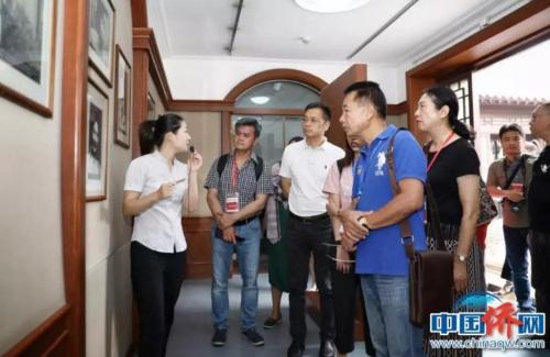 海外华媒代表参观杨柳青博物馆