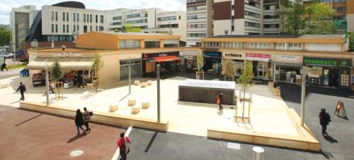 克雷代伊市利维尔(La Lévriere)广场。(图片来源:《欧洲时报》 引自克雷代伊市官网)