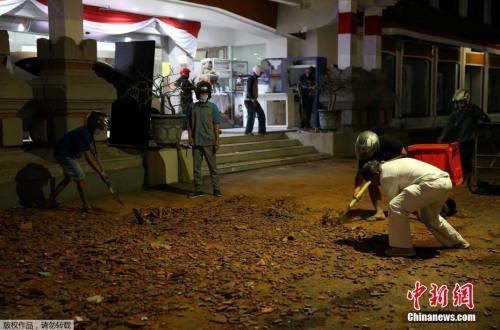 资料图:地震发生后,印尼官方发布黄色海啸预警,21时25分该海啸预警解除。