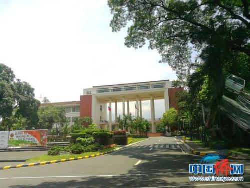 创立于1908年的UP,是全菲规模最大的综合大学,是培养菲律宾社会精英的摇篮,曾走出7位菲律宾总统。 关向东 摄
