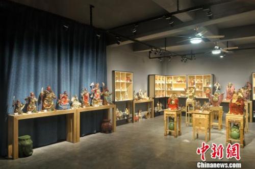 庞文全家族陶艺作品展览室 钟欣 摄