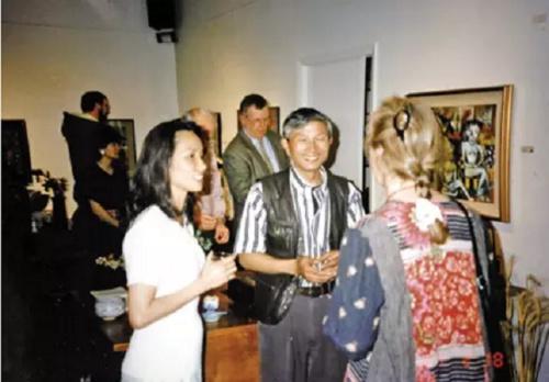 1997年,缪惠新首次在美国举办个人画展