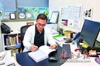 近年来,李志贤专注研究新加坡的潮人善堂文化。