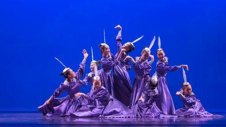 蒙族舞蹈《吉祥鸟》