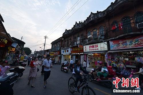 图为泉州中山路骑楼建筑。(资料图片)<a target='_blank' href='http://www.chinanews.com/'>中新社</a>记者 张斌 摄