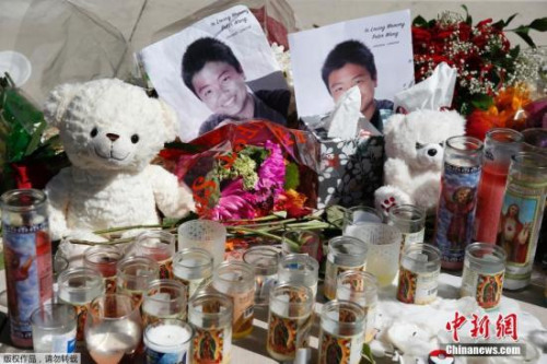 美国以全军礼安葬华裔小英雄王孟杰