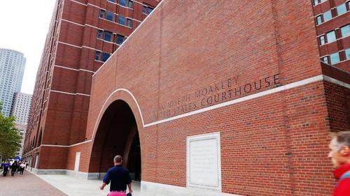 """审理哈佛大学招生案的法官 Allison D. Burroughs 发出法院命令,2月13日再开庭听取哈佛大学和""""学生公平招生""""(SFFA)的补充论点。(美国《世界日报》/唐嘉丽 摄)"""