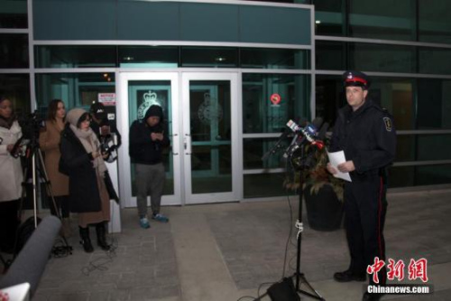 资料图:加拿大安大略省约克区警察局发言人于当地时间3月26日晚向媒体披露,一名22岁陆姓(音译,Wanzhen LU)中国男性留学生在加拿大大多伦多地区万锦市(Markham)遭到绑架三天后终于被找到,生命无虞。但因嫌犯尚未落网,此案调查尚未终结。 <a target='_blank' href='http://www.chinanews.com/'>中新社</a>记者 余瑞冬 摄