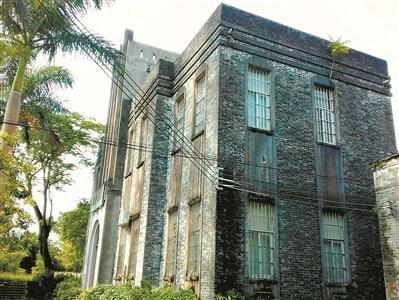中西风格合璧的建筑成为写生好素材。(图片来源:广州日报全媒体记者严建广)