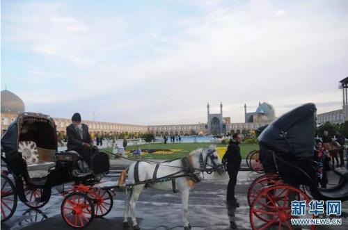 伊朗伊斯法罕市中心的伊斯法罕王侯广场。新华社记者 穆东摄