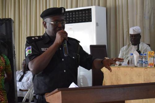 拉各斯州警察局发言人CSP Kalat Shamang做主题演讲