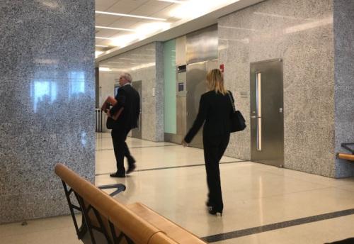紐約白人地鐵辱罵華裔案開庭 檢方提社區服務換緩刑