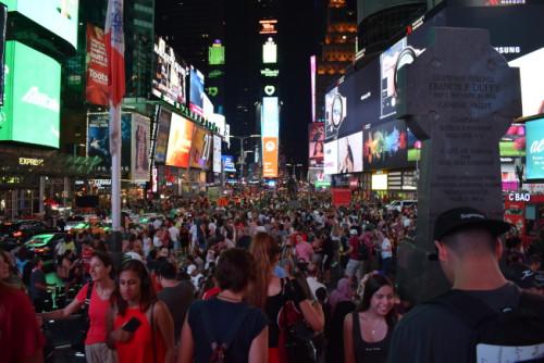 中国游客赴纽约旅行兴致缺缺。(美国《世界日报》/颜嘉莹 摄)