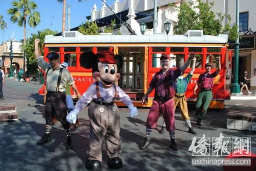 迪士尼乐园。(图片来源:美国《侨报》李青蔚/摄)