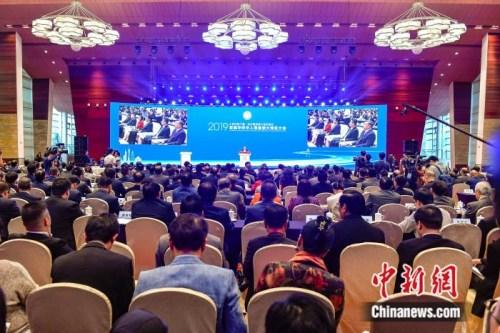 首届华侨华人粤港澳大湾区大会在广州开幕。陈骥旻 摄